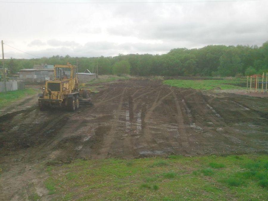 Планировка территории вокруг спортивной площадки