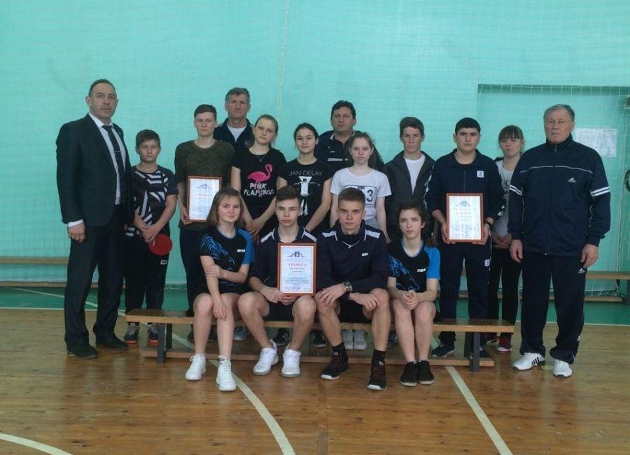 Соревнования по настольному теннису среди школьников