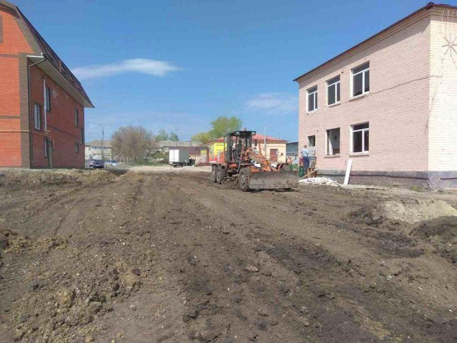 На территории будущего сквера «Детский» идут строительные работы